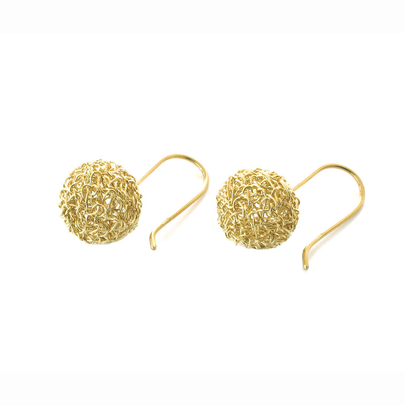 Boucles d'oreilles brodées, Bulles réalisées à la main au fil d'argent 950/000 doré à l'or fin 24 carats.