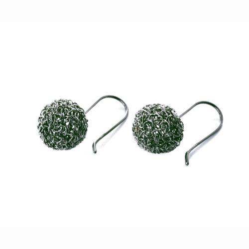 Boucles d'oreilles brodées, Bulles réalisées à la main au fil d'argent 950/000 oxydé.